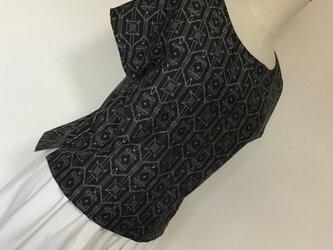 0416    着物リメイク    ゆったりめのM寸法のブラウス    村山大島紬の画像