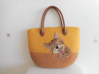 猫のバッグの画像