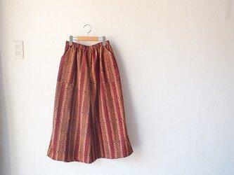 ぺたぺた木版更紗のワイドパンツの画像