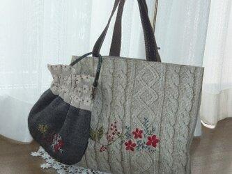 情熱シックな刺繍ニット柄バッグの画像