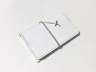 カードケース(白×黒×コーラル)の画像