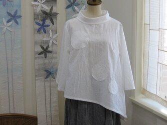水玉アシンメトリーブラウス~ホワイト~の画像