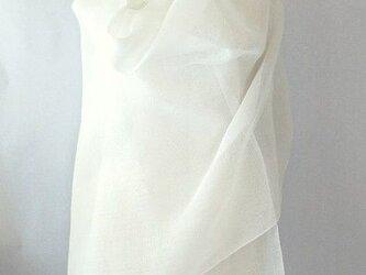 手織り 真っ白の麻の大判ストール(2)の画像