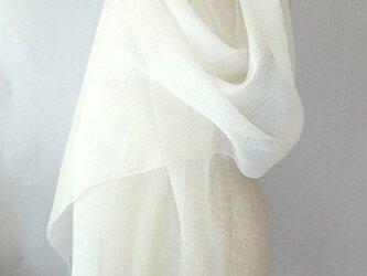 手織り 真っ白の麻のストールの画像