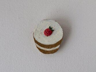 いちごのカップケーキブローチの画像