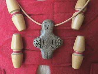 羽のある女の子ペンダントトップの画像