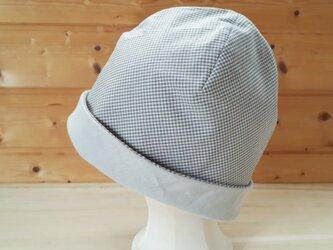 【値下げ】ギンガムチェックとガーゼのリバーシブル帽子*グレー×スーパーライトグレーの画像