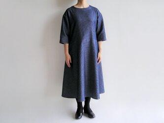播州織コットン*ゆったりシルエットのシンプルなフレアワンピース(薄手ワッフル織)の画像