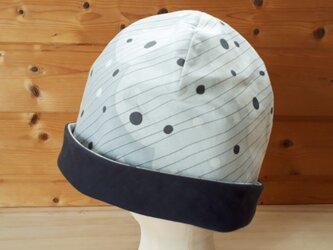【値下げ】もこもこプリントとガーゼのリバーシブル帽子*グレー系×チャコールの画像
