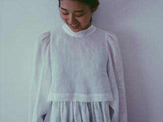 Petit Lily blouseの画像