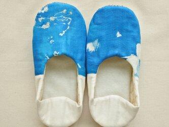 海の青 ルームシューズ  バブーシュ スリッポン M-L ブルー×ホワイト Bの画像