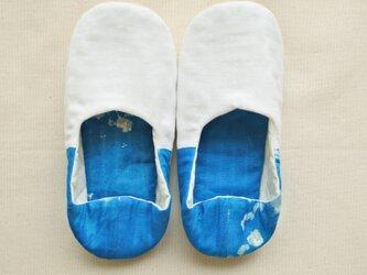 海の青 ルームシューズ  バブーシュ スリッポン M-L ホワイト×ブルー Dの画像