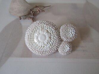 trois「antique fleur」手刺繍ブローチの画像