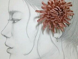 Mami様 オーダー菊のコサージュの画像