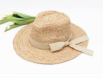 夏の爽やかなスタイル 大人用 麦わら帽子の画像