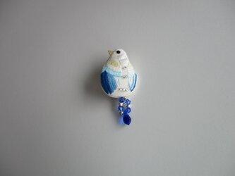 見守る鳥 ブローチ 水色の画像