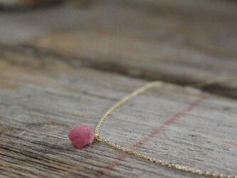 Rough Rock Pink Spinel Necklace w/ K10Gold ピンクスピネルの原石ネックレスの画像