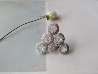 triangle「nuage 」手刺繍ブローチの画像