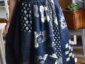 古布型染めなどからパッチギャザースカートの画像