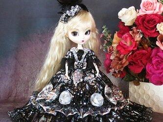 6d66d1ced60c3 ドール服 黒麗の王妃 煌きのブラックローズ フリルドールドレス