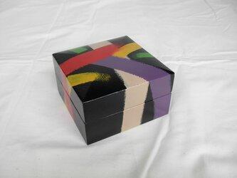 布目刷毛描宝石箱(ぬのめはけがきほうせきばこ)の画像