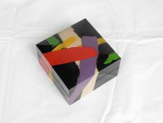 呂色刷毛描宝石箱(ろいろはけがきほうせきばこ)の画像