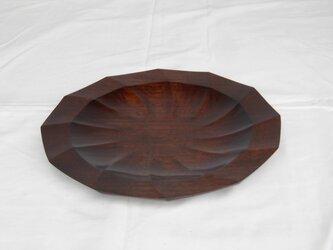 ウォールナットの拭き漆をした十二角形のお皿の画像