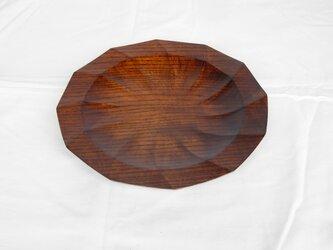 きはだの拭き漆をした十二角形のお皿の画像