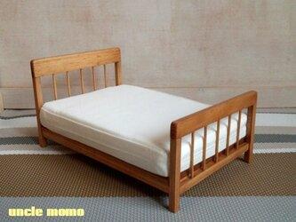 【受注制作】ドール用ベッド ダブル(色:チェスナット) 1/12ミニチュア家具の画像