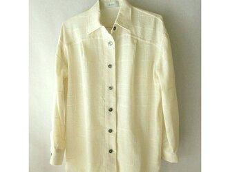 手織り木綿の生地で作ったシャツ(1)の画像
