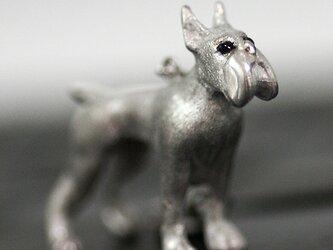 優しいまなざしのボクサーチャームペンダント【国内送料無料】たくましい体躯と穏やかな表情を併せ持つボクサー犬の多用途チャームの画像