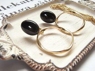 大人の黒。天然石オニキス カボション×リングのイヤリング(ネックレス)2482*の画像