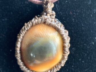 貝殻の編み編みペンダント♪の画像