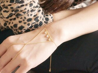 Adjustable Ring Bracelet,Hand Chain,-Teardrop OR Triangle-の画像