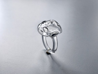 こぼれないアロマリング -Clear Stone- Sサイズ 石塊ishikoro 指輪の画像
