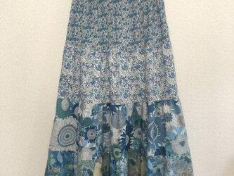 4段ティアードスカート  リバティ ブルーの画像