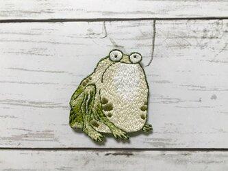 手刺繍日本画ブローチ*伊藤若冲「菜蟲譜」の蛙の画像