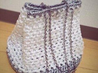 手編み*シルバーとホワイトのバッグ* ショルダーバッグ   スズランテープ バッグ  送料無料  【HANDMADE*HK*】の画像