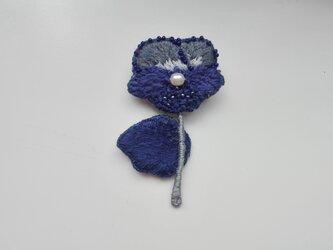 刺繍ブローチ ビオラ ネイビーの画像
