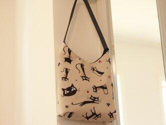 黒猫の肩掛け Bagの画像