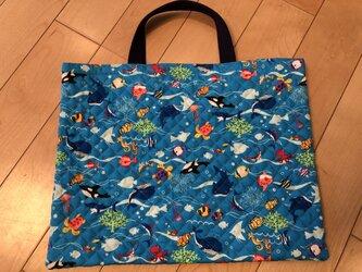 魚 キルティングレッスンバッグ(ブルー)の画像
