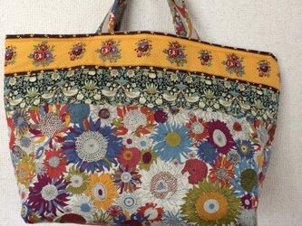 花柄のふんわりトートバッグの画像