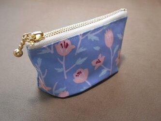 たたみマチのポーチ*淡ブルーお花の画像