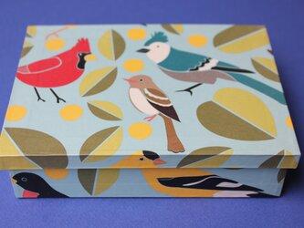 鳥の箱の画像