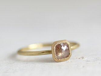 K18 ローズカット・ダイヤモンドリング 〈オクタゴン・ベージュ〉の画像