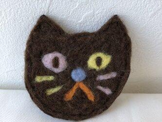 猫ブローチ 茶色の画像