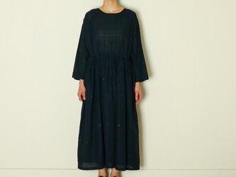ピンタックドレス ジャムダニ blackの画像
