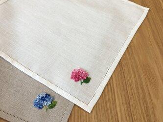 本紫陽花|手刺繍仕立てのハンカチ*ネーム刺繍/サイズオーダー*の画像