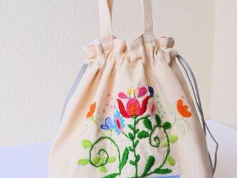 ママが可愛くなっちゃう手刺繍 巾着バッグ♪の画像