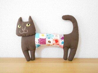 ほそーい猫2 腹巻き焦げ茶の画像